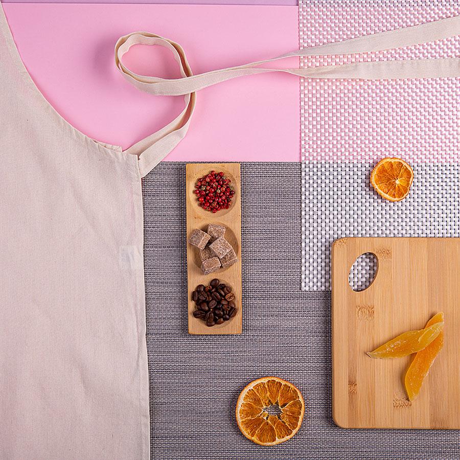 Набор подарочный SHEMAMA: передник, тарелка для закусок, доска разделочная, коробка, стружка